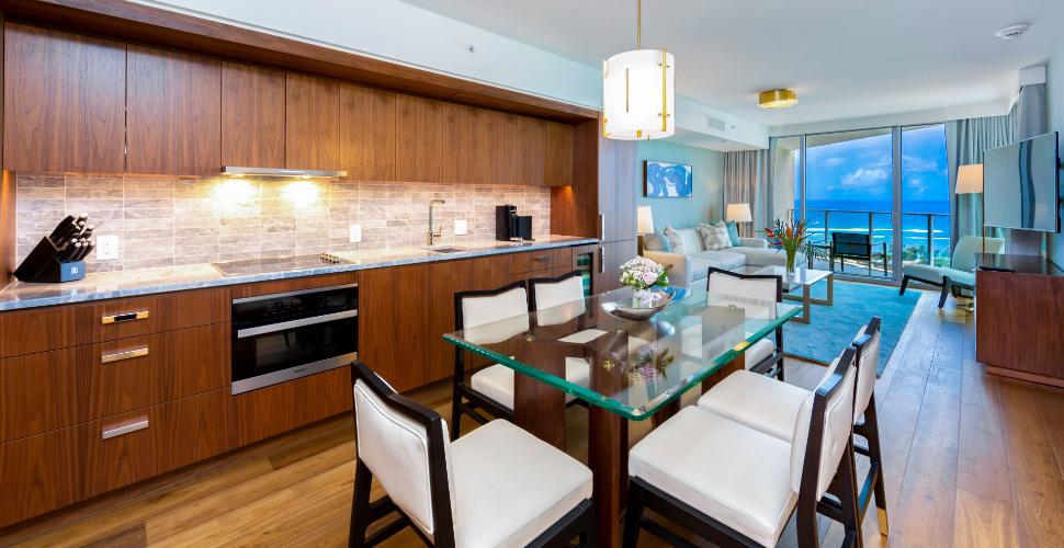 ワイキキ  Ritz-Carlton Residences Waikiki #II-2607